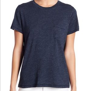 Madewell Crew Neck Pocket T-shirt in Dark Blue.